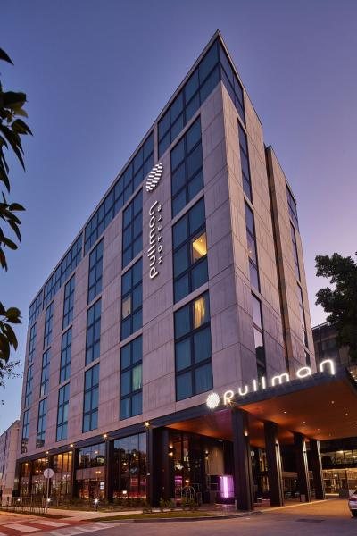 Find Out More About The Pullman Sydney Airport Hotel Project